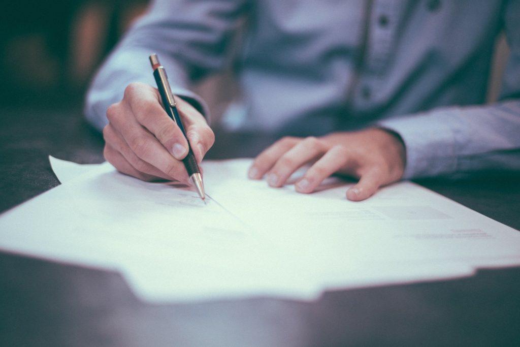 podpis-wniosku-ubezpieczeniowego